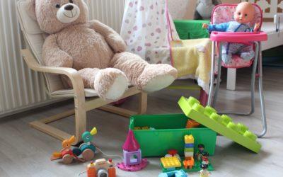 Des idées de cadeaux âge par âge pour bébé de 0 à 2 ans, pour la liste du père Noël